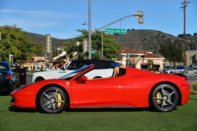 2014 Ferrari 458 2dr Convertible