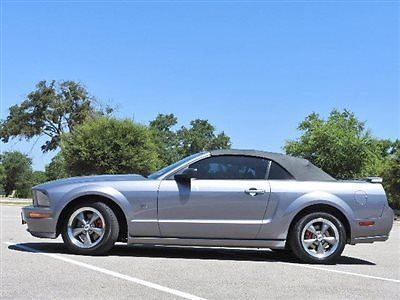 2006 Ford Mustang 2dr Convertible GT Deluxe for sale