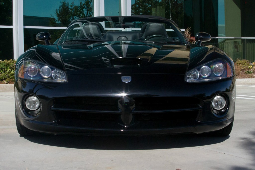 2004 dodge viper srt 10 convertible 2 door 8 3l for sale. Black Bedroom Furniture Sets. Home Design Ideas