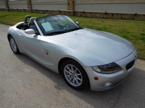 2005 BMW Z4 2.5I 6 Cylinder Convertible for sale