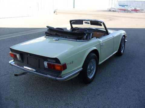 1969 Triumph TR 6 Jasmine Yellow for sale