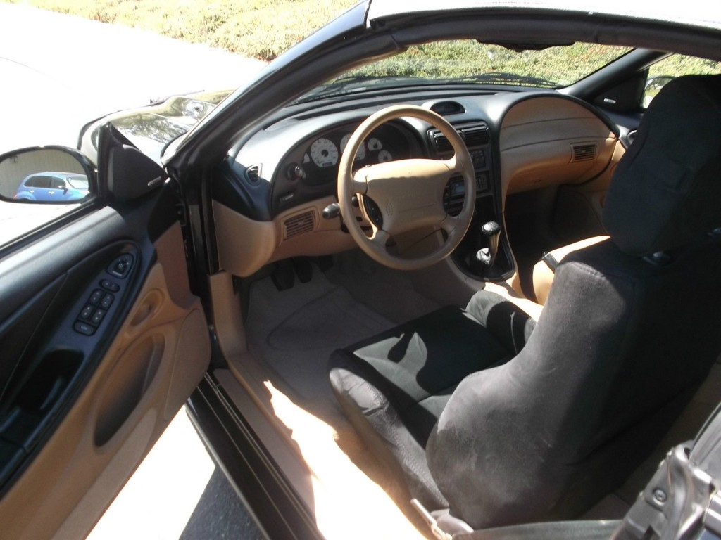 1995 Ford Mustang SVT Cobra Convertible