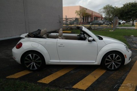 2013 Volkswagen Beetle   Classic 2.5L Convertible for sale
