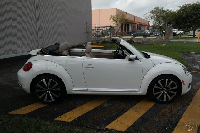 Four Door Convertible >> 2013 Volkswagen Beetle Classic 2.5L Convertible for sale