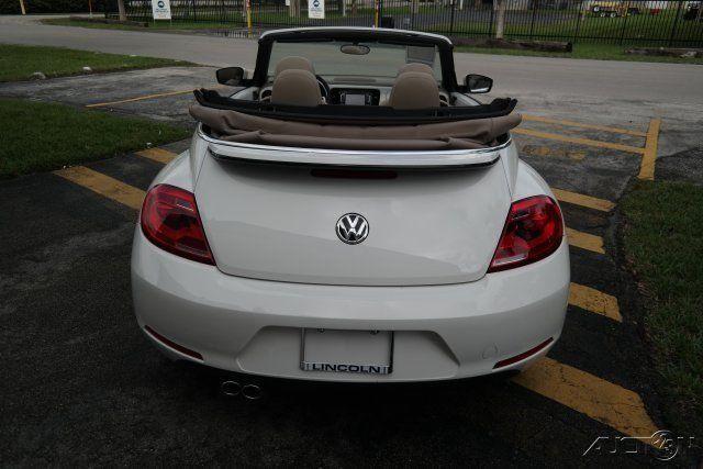 2013 Volkswagen Beetle   Classic 2.5L Convertible