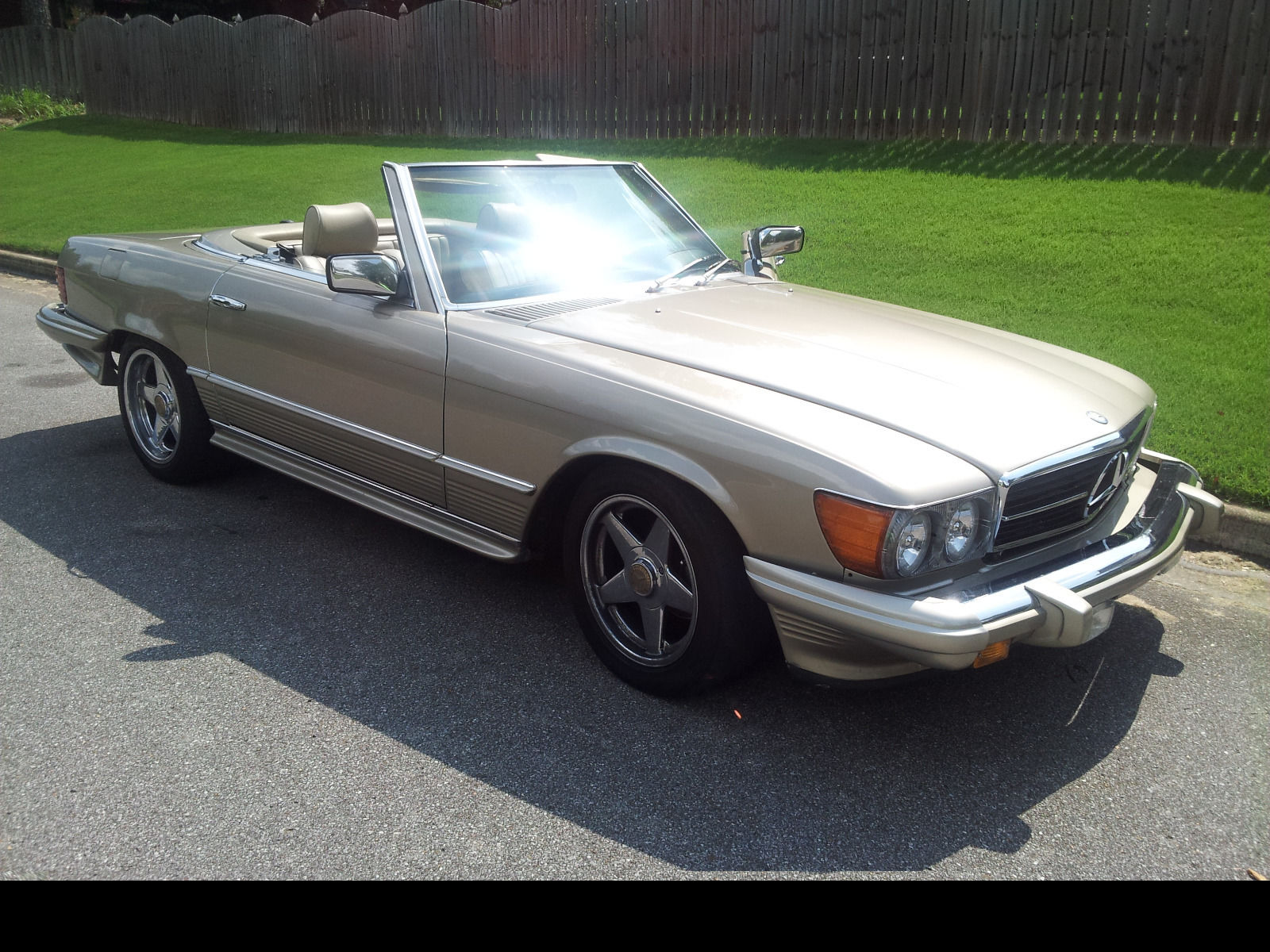 1985 mercedes benz 380 sl roadster for sale for Mercedes benz sl convertible for sale
