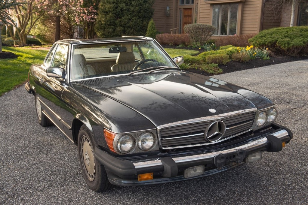 1989 Mercedes Benz 560 SL Convertible