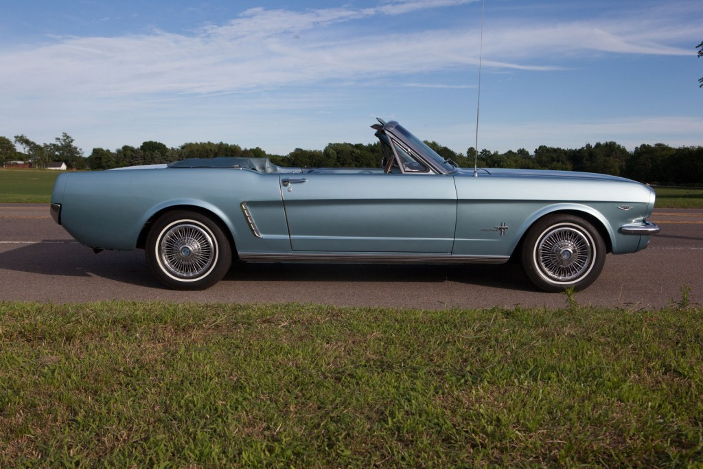 1965 ford mustang convertible 2 used cars for sale autos post. Black Bedroom Furniture Sets. Home Design Ideas
