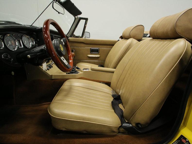 1974 MG MGB roadster convertible