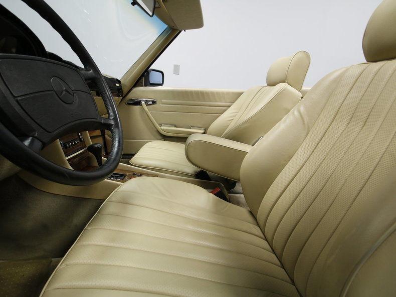 1988 Mercedes Benz 560sl Base Convertible 2 Door