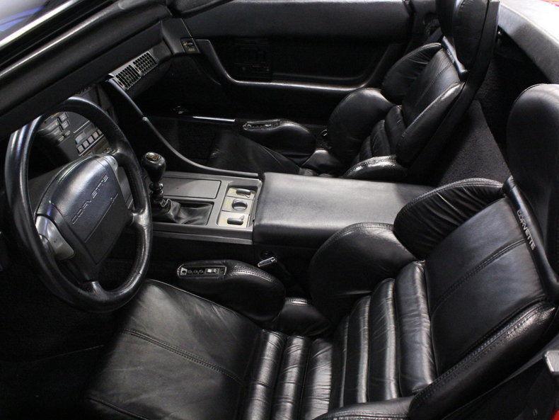 1990 Chevrolet Corvette Base Convertible 2 Door