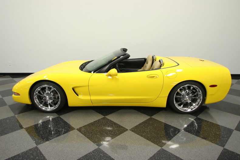 2000 Chevrolet Corvette Base Convertible 2 Door
