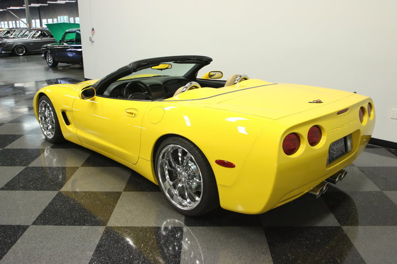 2000 Chevrolet Corvette Base Convertible 2 Door