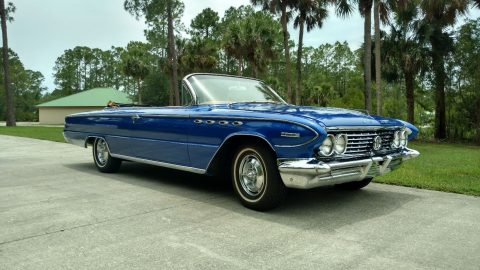 Pertly restored 1961 Buick Electra 225 Convertible for sale