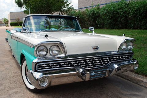 iconic cruiser 1959 Ford Galaxie Sunliner Convertible for sale