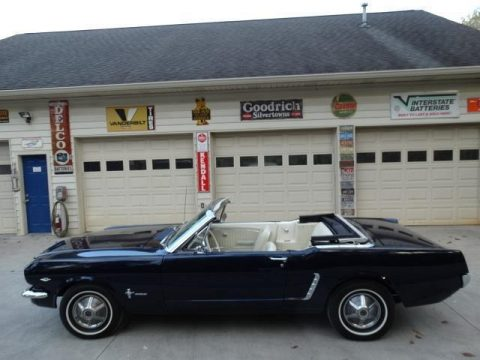 shiny paint 1965 Ford Mustang Convertible for sale