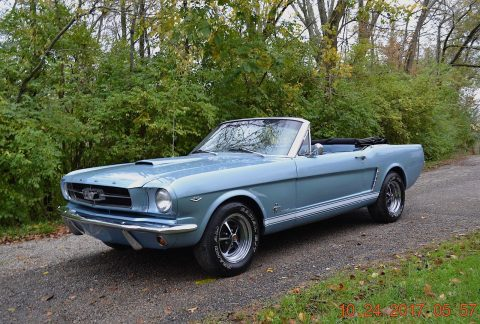 Straight Beautiful 1965 Ford Mustang Convertible for sale