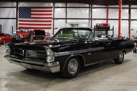 rare manual trans 1963 Pontiac Bonneville convertible for sale