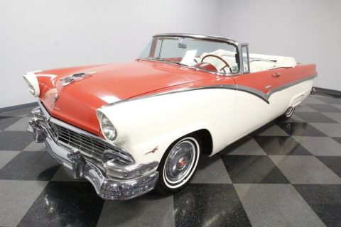 nice cruiser 1956 Ford Fairlane Sunliner convertible for sale