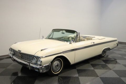 very nice 1962 Ford Galaxie 500 XL Sunliner Convertible for sale