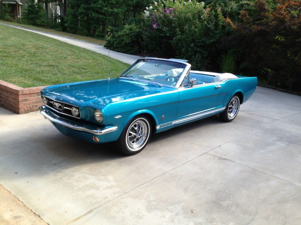 GT Tribute 1966 Ford Mustang Convertible
