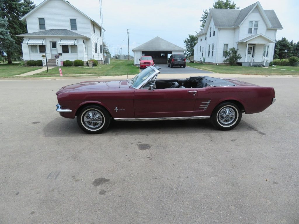 needs new top 1966 Ford Mustang CONVERTIBLE