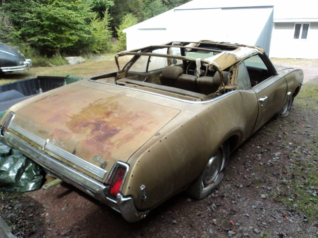 needs total restoration 1969 Oldsmobile Cutlass Convertible project
