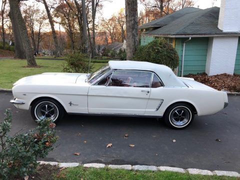 beautiful 1965 Ford Mustang Convertible for sale