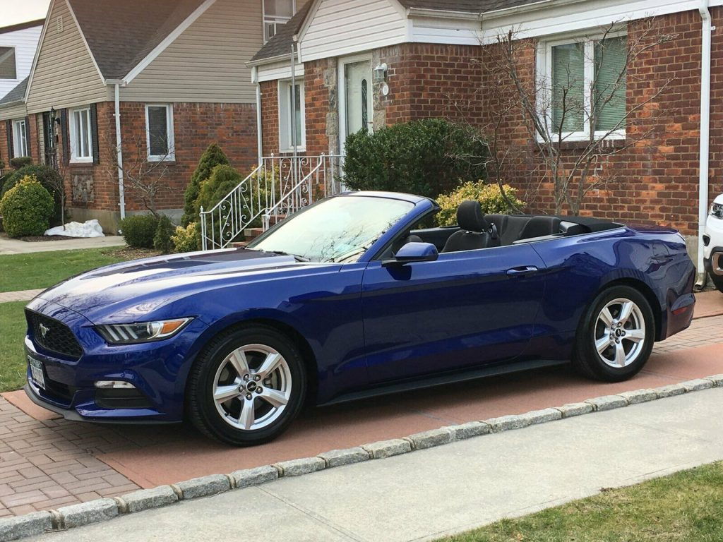 flawless 2015 Ford Mustang Convertible