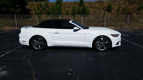 great shape 2015 Ford Mustang Convertible