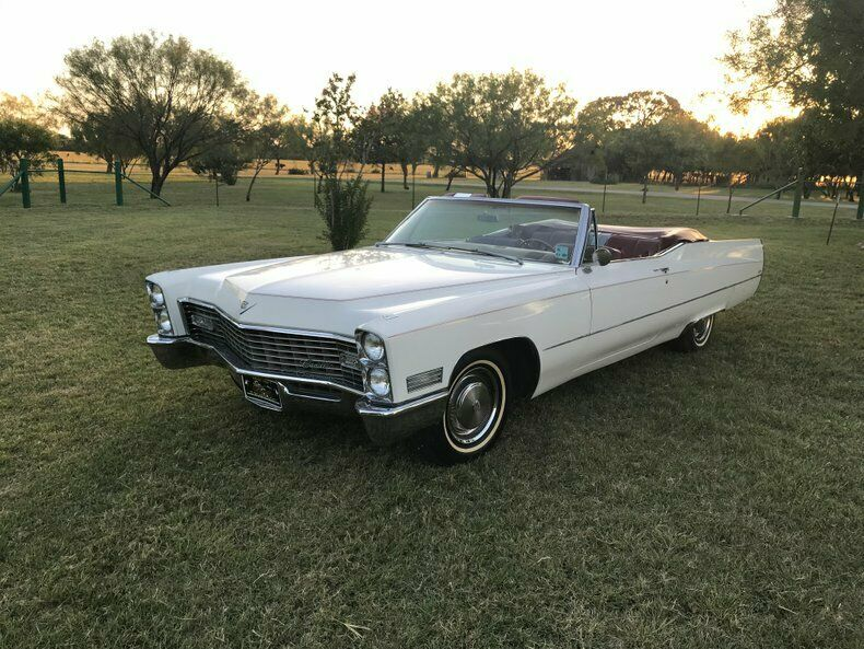 Great driver 1967 Cadillac Deville Convertible