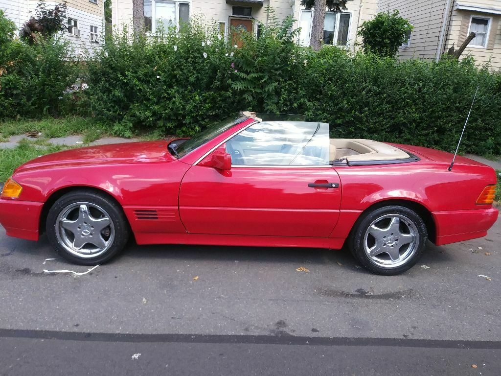 clean 1991 Mercedes Benz SL 320 convertible