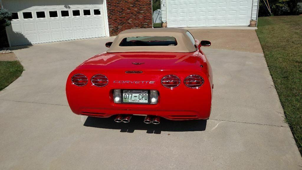 low miles 2000 Chevrolet Corvette Convertible