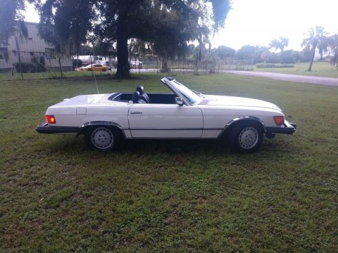 beautiful 1984 Mercedes Benz SL Class 380 convertible for sale