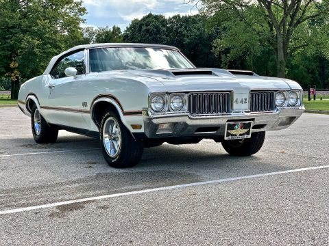 low miles 1970 Oldsmobile Cutlass Y74 Pace Car convertible for sale