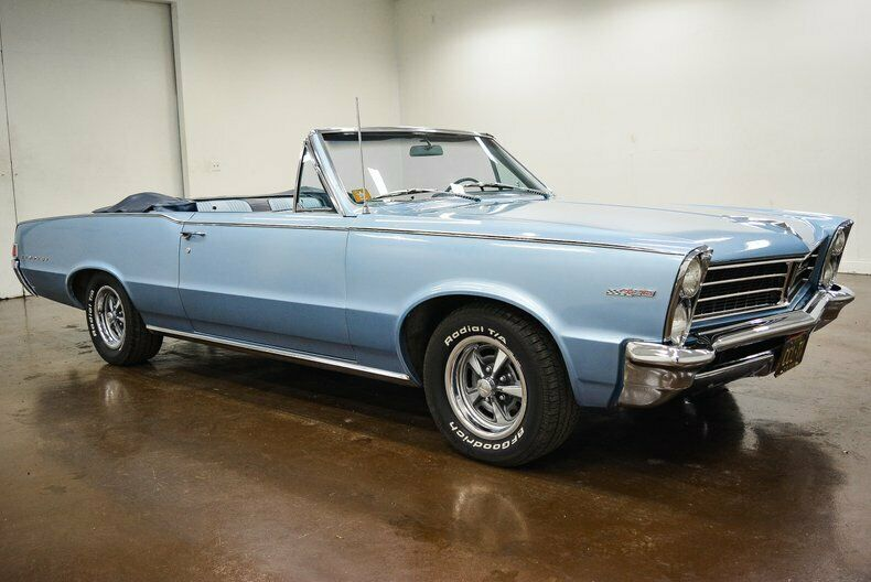 very nice 1965 Pontiac Tempest convertible