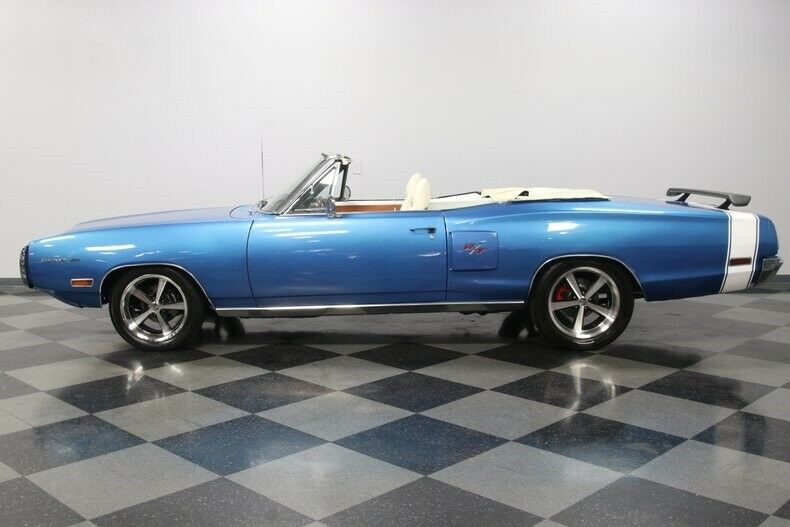HEMI Restomod 1970 Dodge Coronet Convertible
