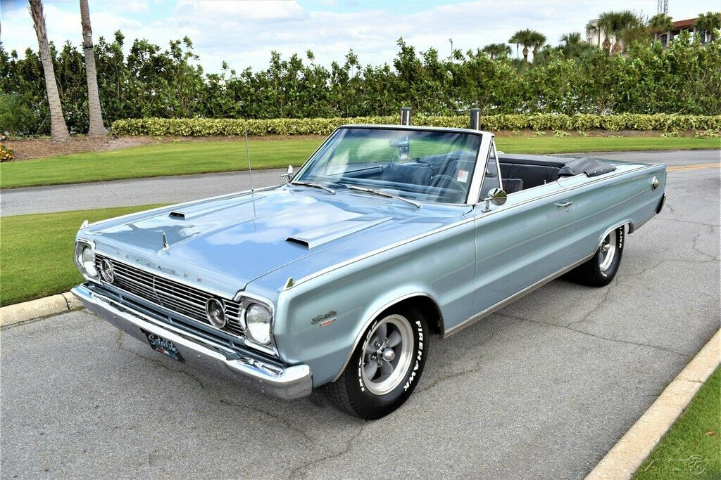 5 speed beast 1966 Plymouth Satellite convertible