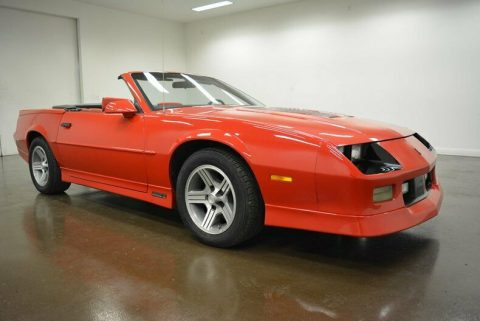 very nice 1990 Chevrolet Camaro IROC Z convertible for sale