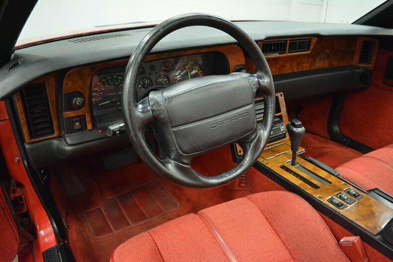 very nice 1990 Chevrolet Camaro IROC Z convertible