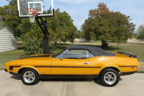 very nice 1971 Ford Mustang Convertible for sale